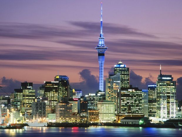 Auckland Skyline image credit