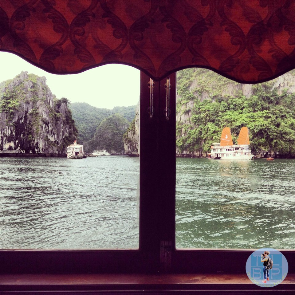 window view halong bay