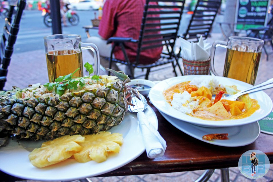 This was one of the best meals, receiving my fried rice in a pineapple!